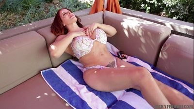 Nicky Ferrari Hot MILF Blowjob Bombshell Latina…