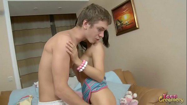 Hot Brunette Teen Get Fucked By Big Dick and Ge…